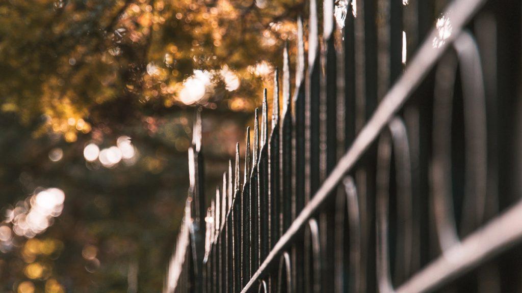 stalen hek